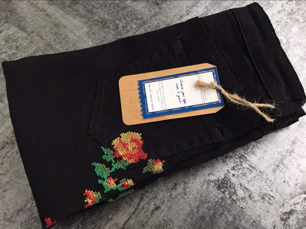 Hot Sexy High Waist Denim Stretchy Black Jeans Embroidery Rose Fashion Skinny Full Length Bodycon Tight Women Pencil Jeans Femme (17)