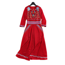 New 2018 Fashion Runway Dress Women's Three Quarter Sleeve Flower Embroidery Hot Red Color Dress(China)