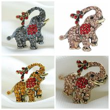 2017 Fashion animals Dogs Chicken Rooster Elephant Crystal Brooches For women clothes Accessories Gifts