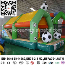 New design inflatable combo bouncers with football game /inflatable bounce/inflatable jumper for kids