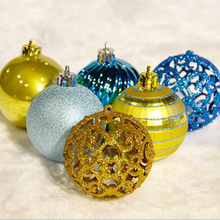 2017 24pcs Ball Hanging Ornaments for Christmas Tree Decoration Hollow Home Decoration High Quality R072