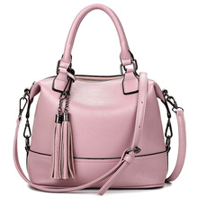 2016 Bolsa Feminina Pink Bucket  Bag Tassel Leather Bags Handbags Women Famous Brands Tote Bags Simple Shoulder Messenger Bolsas