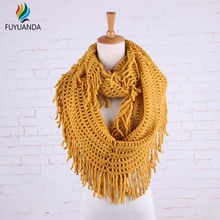 Crochet Snood Scarf 2017 Winter Autumn Women Poncho Vintage Ring Scarves And Shawls Circle Collar Cape Men Tassel Bandana Unisex