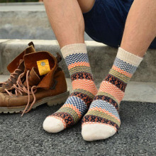 Mens Winter Striped Warm Thick Wool Socks Cotton meias Mixture Vintage Men Retro Plaid Casual Dress Cheap Socks calcetines