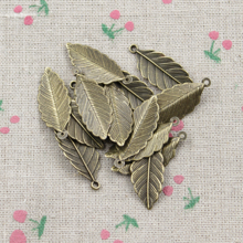 25pcs Tree leaf Charms Antique Bronze Plated Zinc Alloy Charms Pendants Metal Jewelry Findings Fit DIY 31*12mm