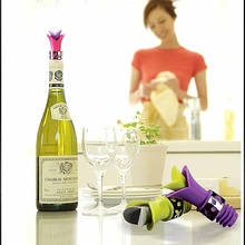 1 pc New Style Wine Bottle Stoppers Silicone Approved Food Grade Durable Pourer Bar Tools Random color(China)