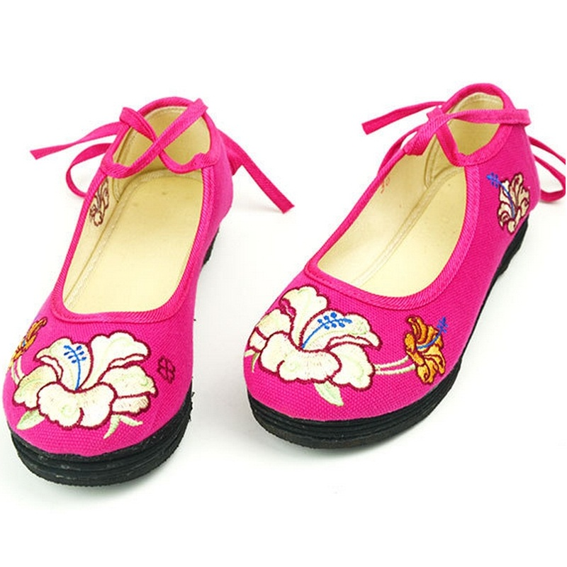 Old Beijing flat shoes women fashion ethnic style embroidered shoes shallow mouth square lady dance shoes size 34-40 #B2077<br><br>Aliexpress