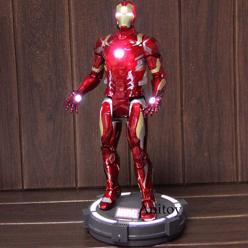 """Captain America Civil War Iron Man Deluxe 7/"""" Action Figure with LED Light Base"""