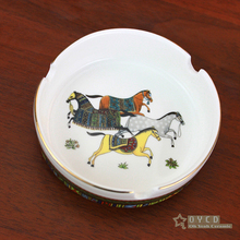 Porcelain ashtray bone china god horses design woman in gold round shape pocket car ashtray fashion portable ashtray gifts(China)