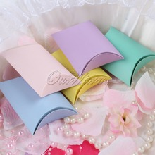 100pcs Pillow Gift Bags Wedding Candy Box Colorful Paper Chocolate Boxes for Guests Wedding Favors and Gifts Party Decorations
