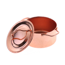 1Pcs Dollhouse Kitchen Copper Pot with Lid Kitchen Decoration for Children Kid Kitchen Toys Dollhouse Kitchenware 1/12 Miniature(China)