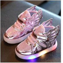 Free Gift 2017 New Girls Luminous LED Light Shoes Angel Wings Baby Boys Casual Led Shoes Children Sneakers size 21-30