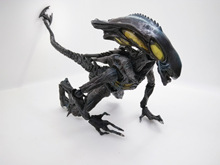 NEW hot 26CM Alien vs Predator Enhanced version piay arts action figure toys Christmas gift collectors