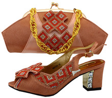 Peach Color Shoes and Bag Set African Sets Matching Italian Shoe and Bag Set Deocrated with Rhinestone Women Shoes and Bag Sets