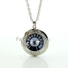 2016 New design Retro Vintage Car Speed test dial pendant necklace classic Car velocity locket jewelry men car gear shift HH226(China)