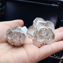 2pcs Car Perfumes Air Conditioner Vent Outlet Air Freshener original Fragrance Car styling Accessories Rhinestones flower