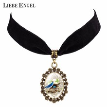 LIEBE ENGEL Beautiful Cartoon Birds Pattern Glass Cabochon Pendant Necklace Jewelry Flannel Black Color Chain Choker Necklace(China)