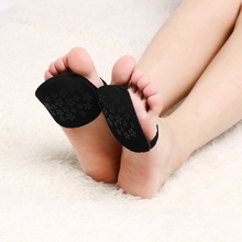 1 Pairs Women Lace Half Yard Pads Metatarsal Sore Forefoot Support Five Toe Sock High Heeled Invisable Shallow Anti-slip Sock(China)