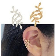 1pc Europe And The United States Fashion Retro Spread Leaves Ear Clip Earrings Punk Temperament Without Ear Hole Ms. Wholesale