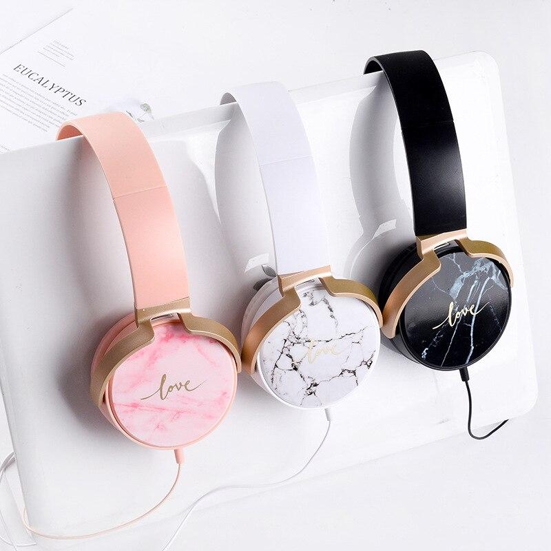 Auriculares de lujo de marmol con cable y micrófono