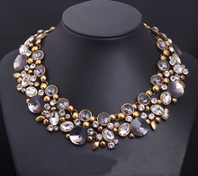 Europe and the big Crystal Flower necklace luxury short clavicle exaggerated vintage women's accessories 086