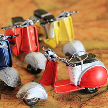 Shabby Chic Zakka Mini Motorcycle Vintage Home Decor Iron Metal Car Handmade Motorcycle Tin Model Cars 11.5*5.5*7Cm Random Color