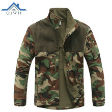 Hot 2017 Outdoor Winter Soft shell Tactical Commander Splicing Sharkskin charge clothing Collar Camouflage Hunting ski Jacket