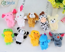 100pcs/lot wholesale 7cm tall Lovely mini finger plush doll for baby hand decoration animals finger puppet toy for kids gift