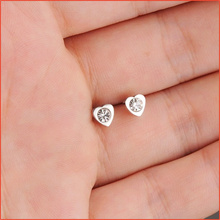 2017 New Trendy Infinity Earrings,Love Heart Style AAA Zircon Stud Earrings Platinum Plated,Nice Earrings for Women Men Jewelry