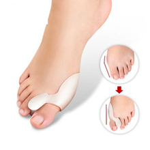 2pcs=1pair Silicone Foot Massager Toe Separator Fingers Thumb Valgus Protector Bunion Adjuster Hallux Valgus Guard Feet Care