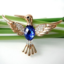 Navachi Bird Hummingbird Trochilus Blue Yellow GP Rhinestone Crystal Brooch Pin SMT7007