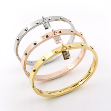 2015 Punk Rock Fashion Stainless Steel Bangle With Luxury Lock Crystal Bracelets Bangles gold color Jewelry For Women