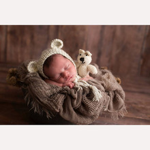 Photography prop photo crochet bear hat and bear doll set handmade newborn photo studio booth props baby shower gift