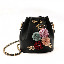 2017 New Fashion Sweet Lady Flower Female Handbag Pumping With Bucket Bag Women Shoulder Diagonal Cross Messenger B