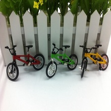 1pc YLHTOYS Mini Small Bike Alloy Plastic Scale Model Miniature Diecast Bicycle Craft Desktop Display Home Decoration Kid Toy(China)