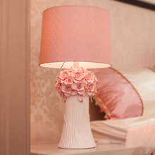 Warm pink Flowers table lamps princess wedding ceramic cloth light creative wedding room bedroom bedside Table lights-za(China)