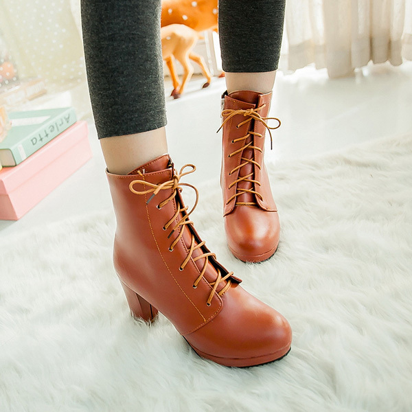 2014 Korean version of the new autumn and winter fashion boots thick heel wild black matte Ms. Martin boots XY114<br>