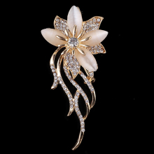 fashion Opal Stone Flower rhinestone Brooch Pin Women Garment bridal wedding Accessories Jewelry lady suit hat clips
