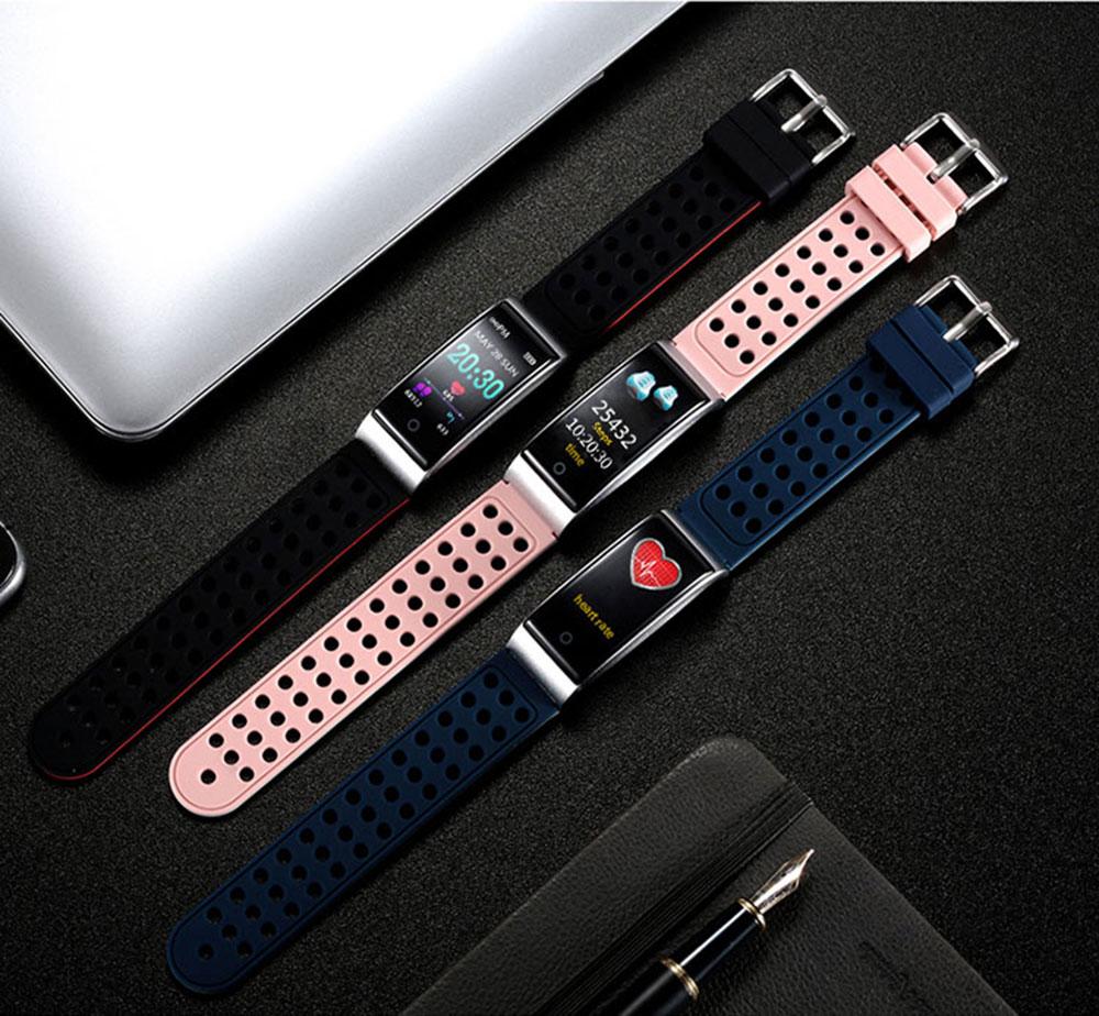 02_07-130380-smart bracelet-