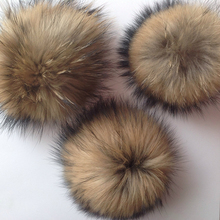10pcs/ lot DIY 13-16cm Natural Raccoon Fur Fluffy Pompon Hats Fur Big Ball Pom Pom Caps Accessories for Skullies Knitted Beanies(China)