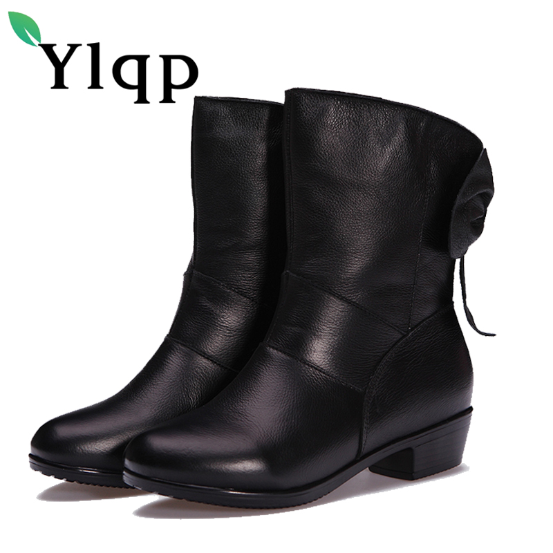 Ylqp 2018 Winter New Women Genuine Leather Boots Lady Black Vintage Floral Comfortable Low Heels Boots Soft Bottom Mother Shoes<br>