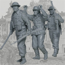 Resin figures 1/35 ww2 soldiers model kits 3 pcs/lot free shipping Unpainted and unassembled(China)