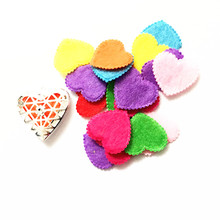 (100pc) Wholesale Colorful Heart Shape Diffuser Pads Wool Feel Fabric Spacers for Handmade DIY Hair Accessories(China)