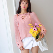 Winter 2017 deep V collar chest bandage lace short sweater sweater and multicolor(China)
