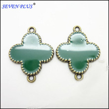 High Quality 20 Pieces/Lot 20mm*15mm Antique Bronze Green Enamel Four Leaf Clover Charms Connector