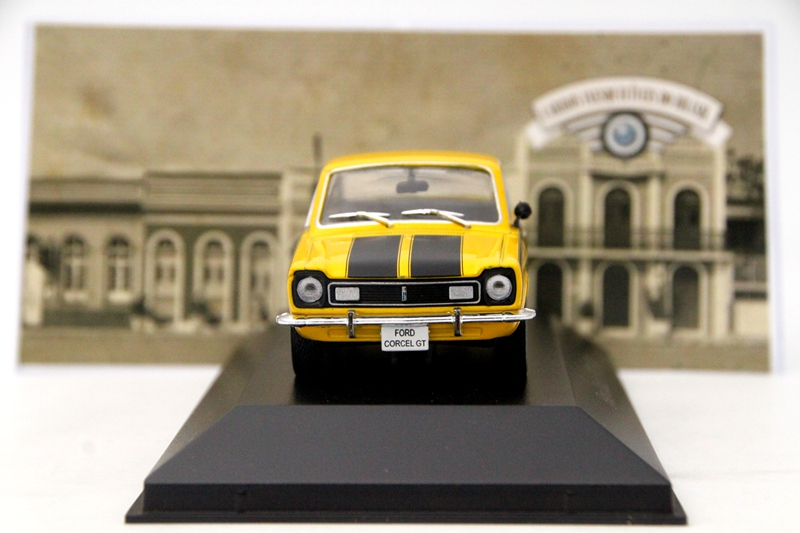 IXO 1:43 Scale Ford Corcel GT 1971 Diecast Cars Models Auto Collection Yellow