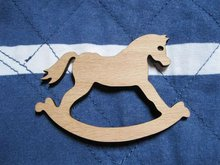 wholesale could be mix buying rockinghorse wooden brooch(China)