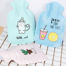 Cartoon Hand Po Warm Water Bottle Cute Mini Hot Water Bottles Small Portable Hand Warmer Water Injection Storage Bag Tools V3726(China)