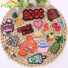 1Pcs Cake Ice Cream Patch Hamburg Tree Cartoon Iron On Cheap Embroidered Cute Patches For Clothes Hippie Heart Badges Stickers