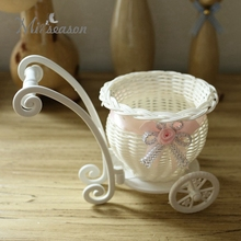 Creative Design Round Basket Rattan Floats Mini Wheel Flower Vase Containers Small Flower Bike/Flower Pot For Home Decoration